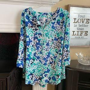 Croft and Borrow 3/4 sleeve flowered shirt